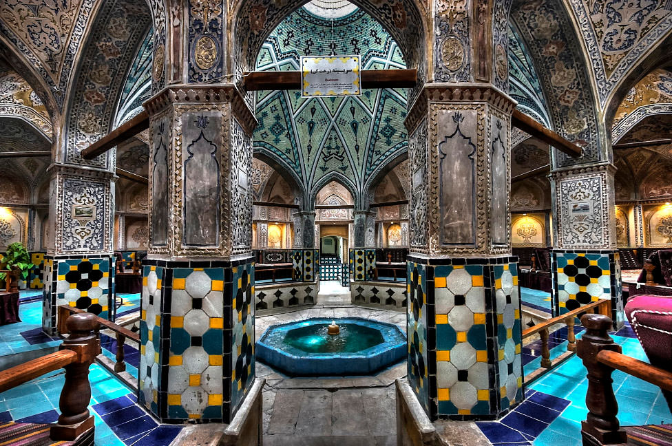 Arsitektur Islam Pemandian SultanAmir Ahmad di Iran
