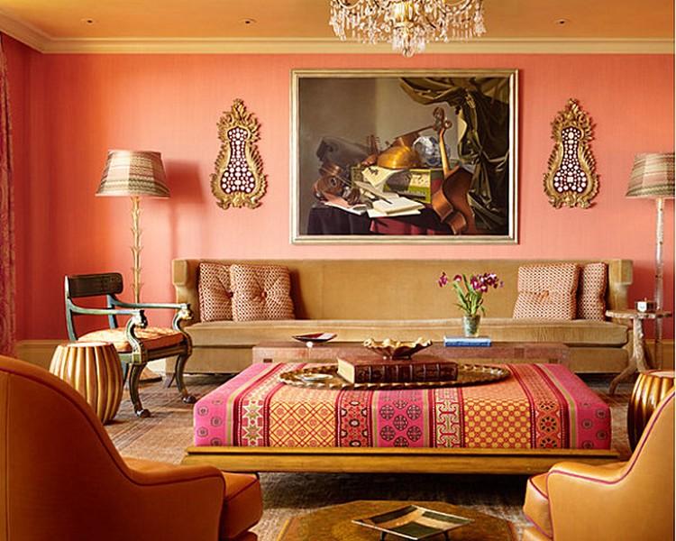 Interior penuh dengan warna salem