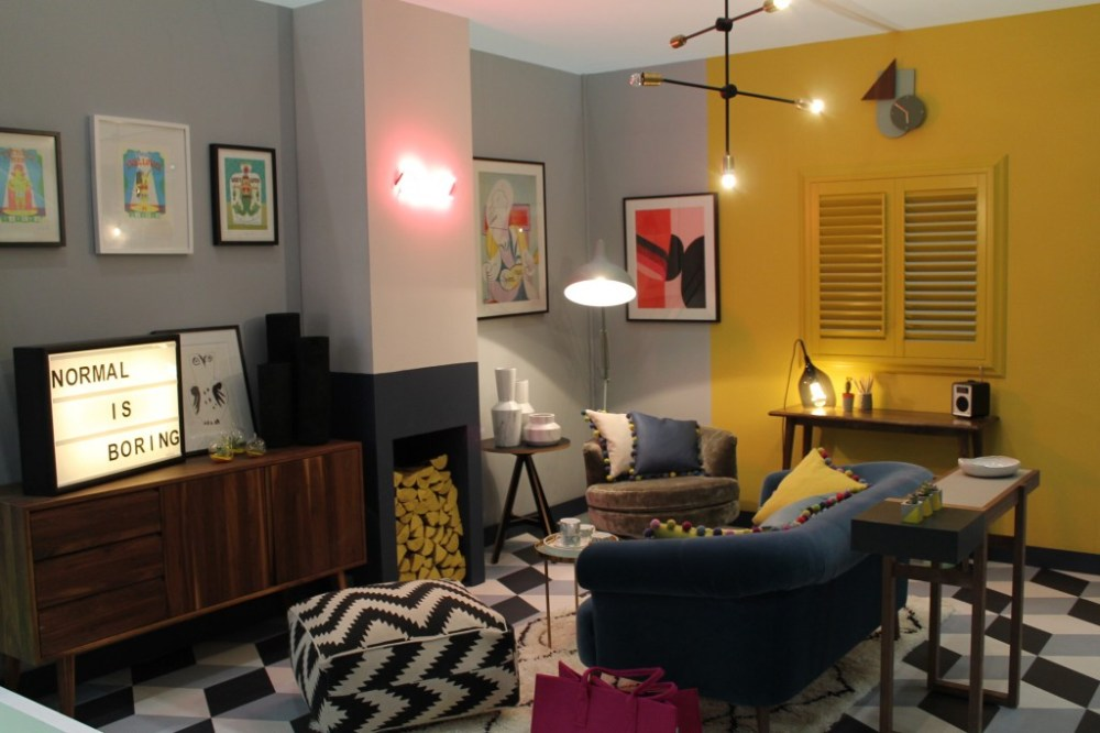 Kombinasi warna cat rumah dengan pola rectangular