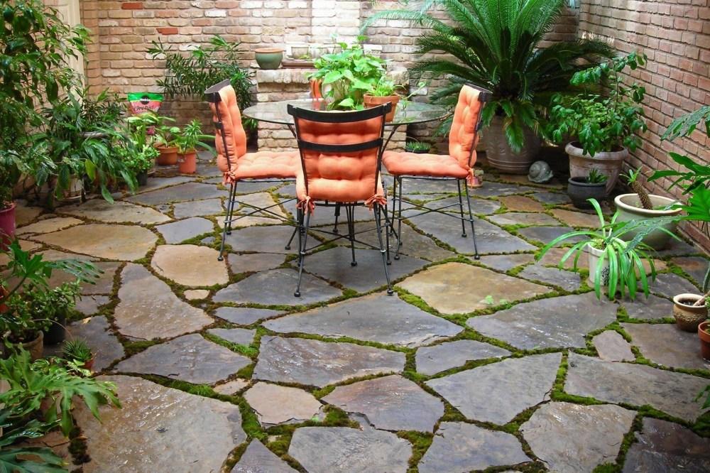 Corak Batu Alam Untuk Taman Halaman Rumah