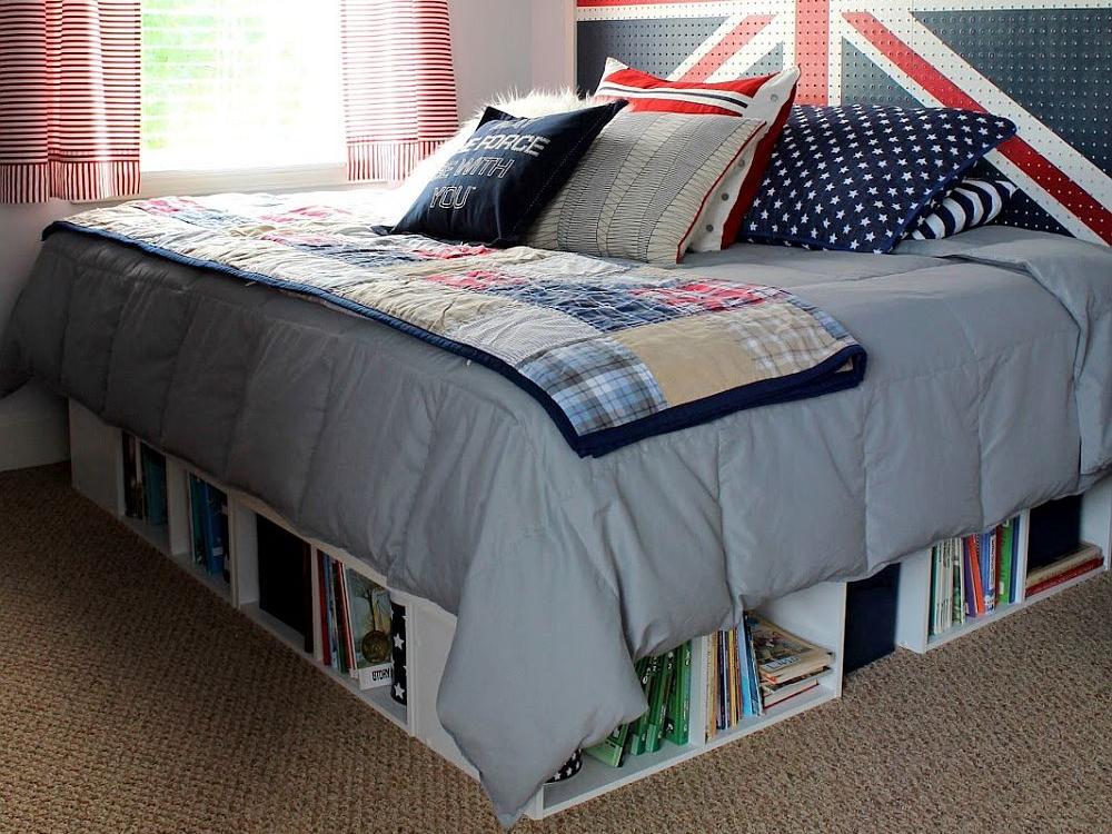 Menata kamar dengan storage di bawah tempat tidur