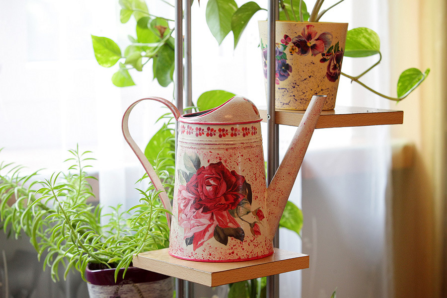 decoupage - konewki metalowe IKEA roze 2