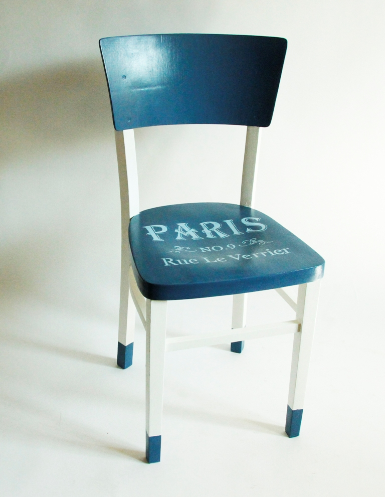 krzesło PRL odnawianie mebli farba kredowa refreshing