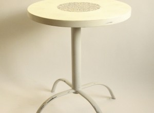 stolik w stylu shabby chic, odnawianie mebli