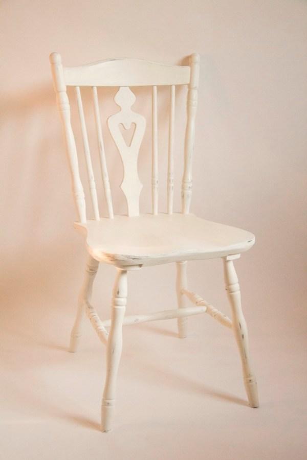 Krzesło PRL z serduszkiem