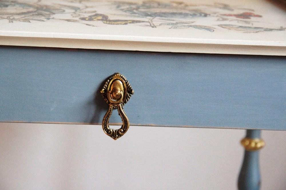 etażerka, odnawianie mebli, farba kredowa warszawa