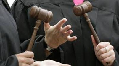 discusion jueces