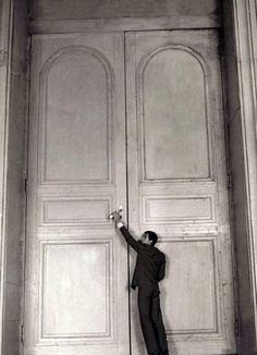 1f2260787b8a2dbb78487a39251b3b30--big-doors-anthony-perkins