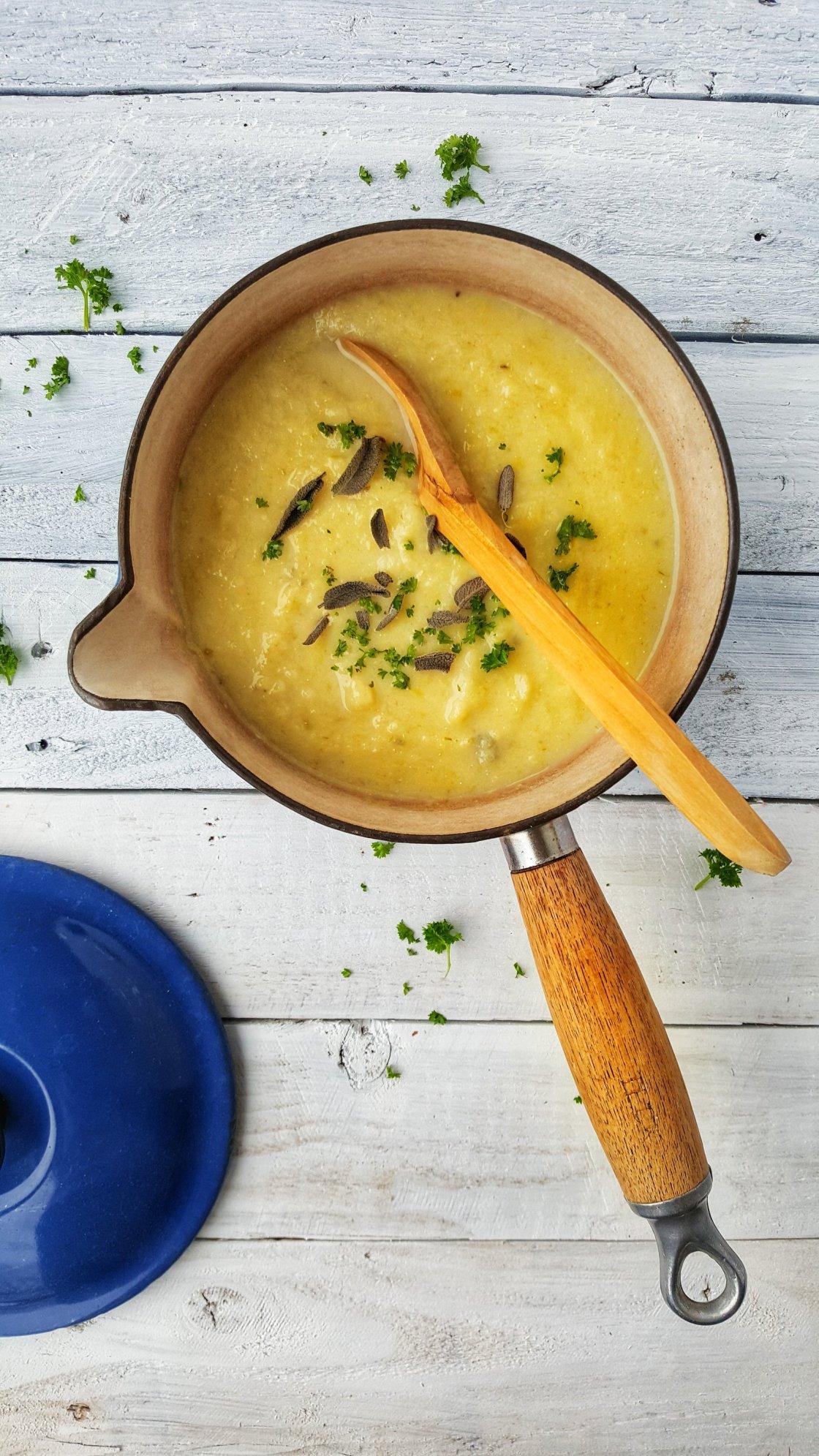 Celeriac, Parsnip & Leek Soup; Delalicious
