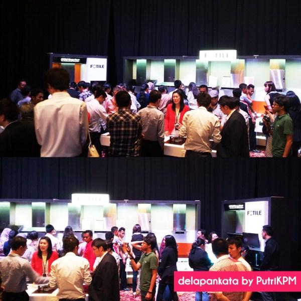 Para calon pembeli dan blogger yang antusias melihat produk peralatan dapur merek Fotile.