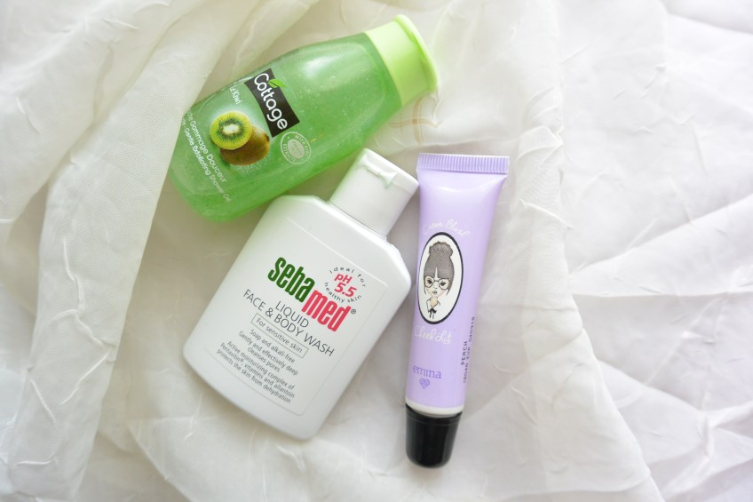 Senin Feminin - My Travel Partner, Face & Body Soap Plus Blush On - Putrikpm