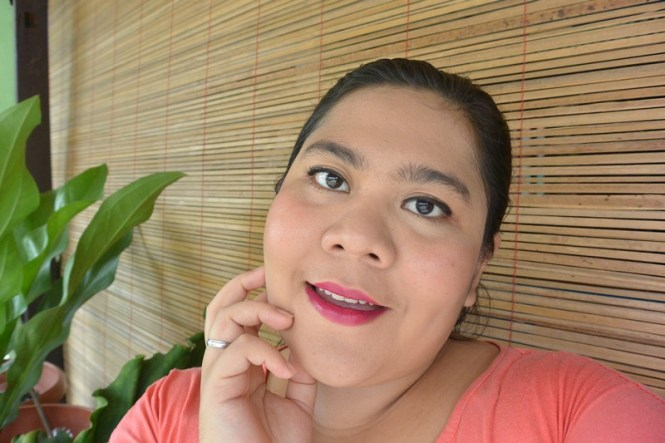 Emina Cream Blush Cheeklit Peach After Apply