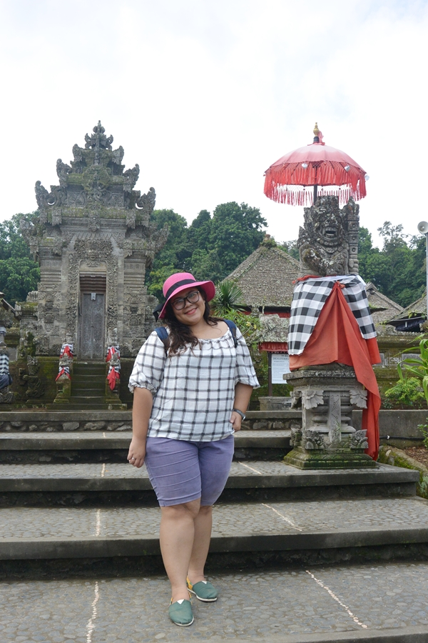 Putri Odi Lamaran Di Bali - DelapanKata 8