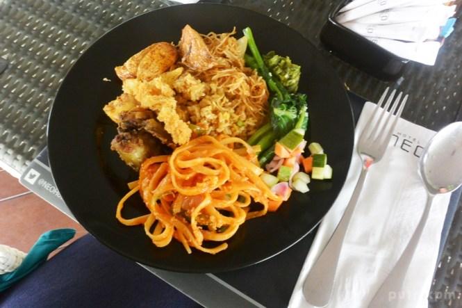 Breakfast at Hotel Neo Malioboro - Delapankata