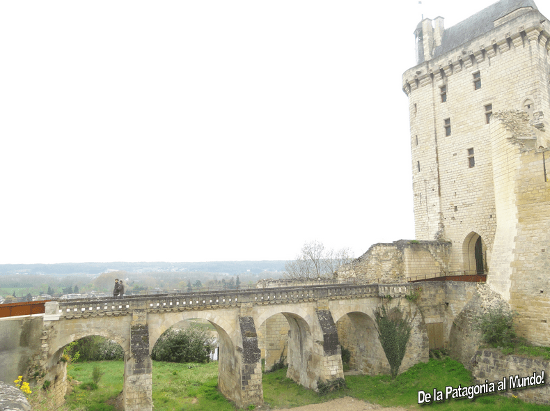 CASTILLO DE CHINON