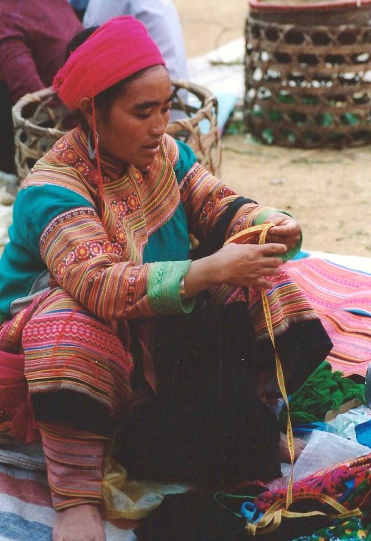 Marché de Hmongs fleuris, Nord Vietnam (décembre 2001)