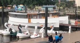 Independence Seaport Museum in Philadelphia Introduces Family Friendly UrbanEco Boat Tours on the Delaware River