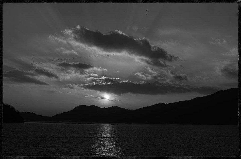 Sunset on Miyajima Island - Nikon D7000 Nikkor AF-S 35mm 1.8G | Del Cook Photography