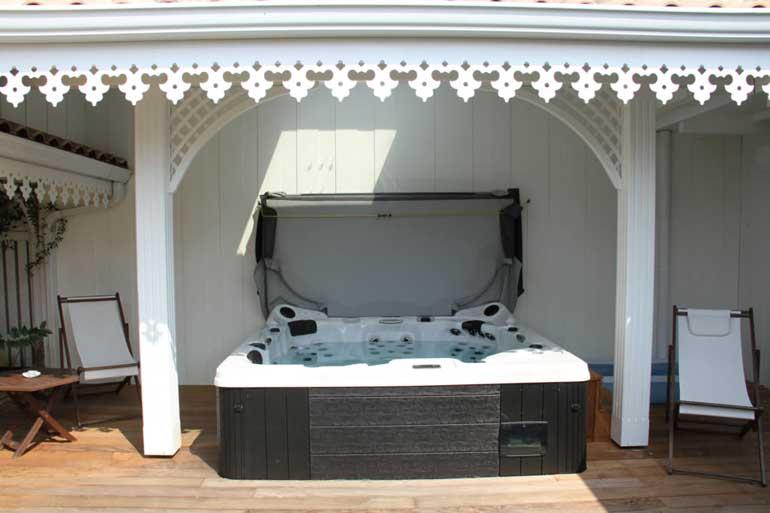 Espace bien être, spa, jacuzzi, sauna et hammam