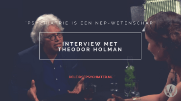 Gesprek met Theodor Holman: 'psychiatrie is een nep-wetenschap'