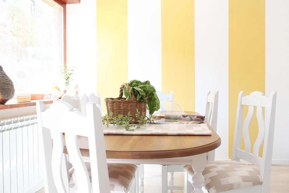 reforma y diseño de interiores de una cocina con comedor