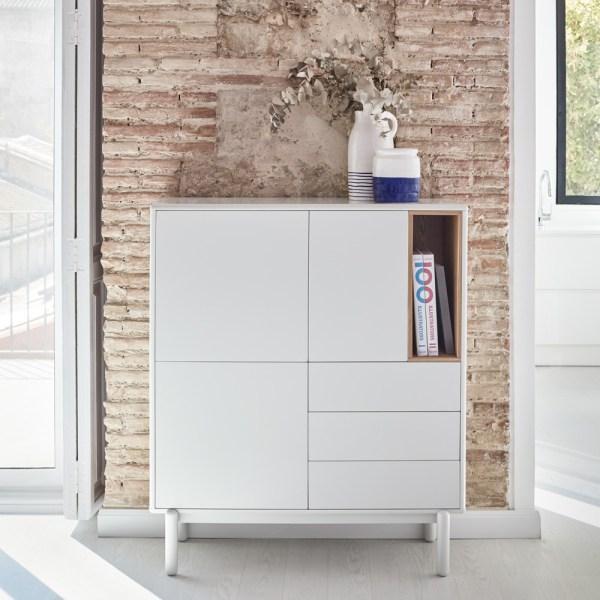 mueble de almacenamiento alto con puertas cajones