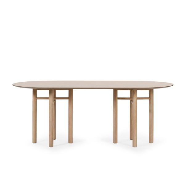 mesa de comedor ovalada modelo Junco