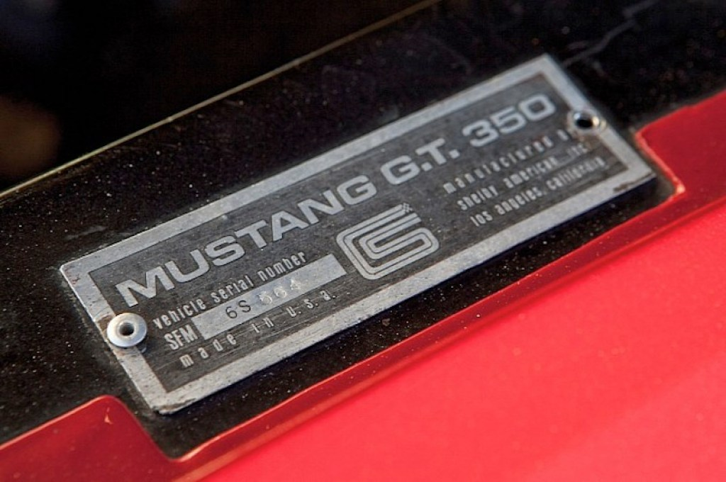 ob_4c626f_1966-shelby-gt350h-race-car-under-the-hammer-phot
