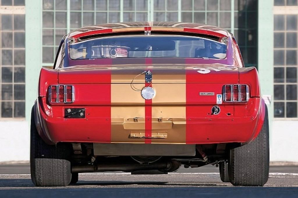 ob_b85c88_1966-shelby-gt350h-race-car-under-the-hammer-phot