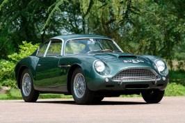Aston_Martin_DB4_Zagato_1961_001
