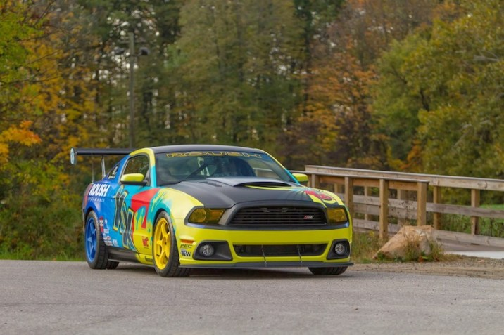 2014 ROUSH Racing World Challenge Car 8
