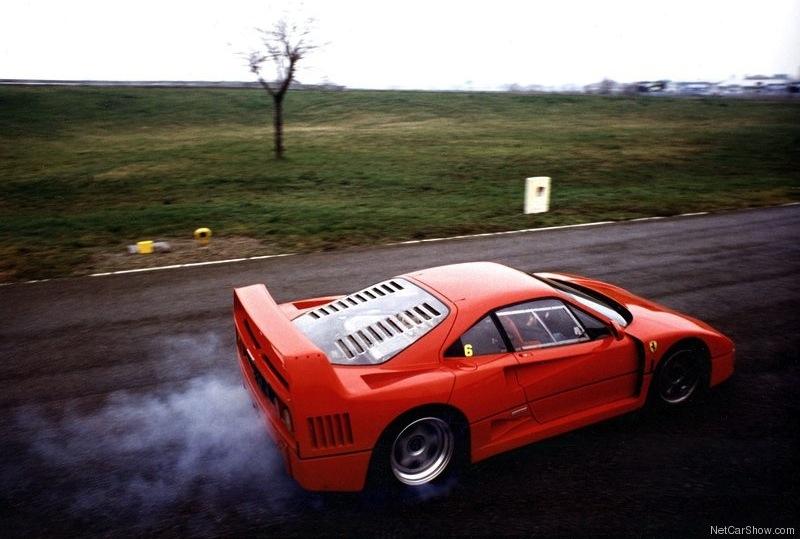 F40 LM Exhaust goooo