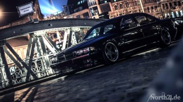 DLEDMV_BMW_740_E38_Black_beauty_10