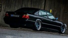 DLEDMV_BMW_740_E38_Black_beauty_50