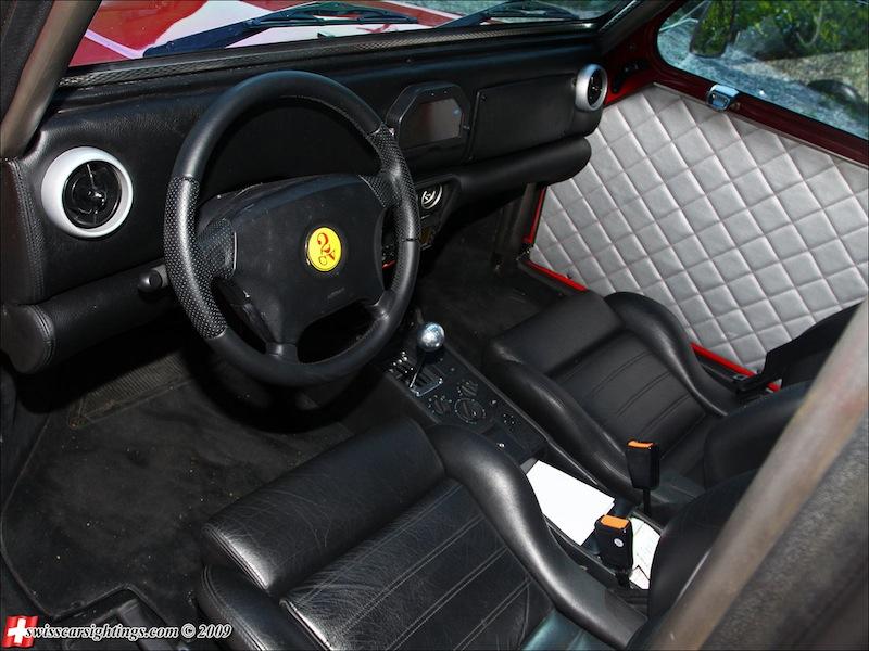 Ferrari 2 CV fourgonnette V8… O_o 17