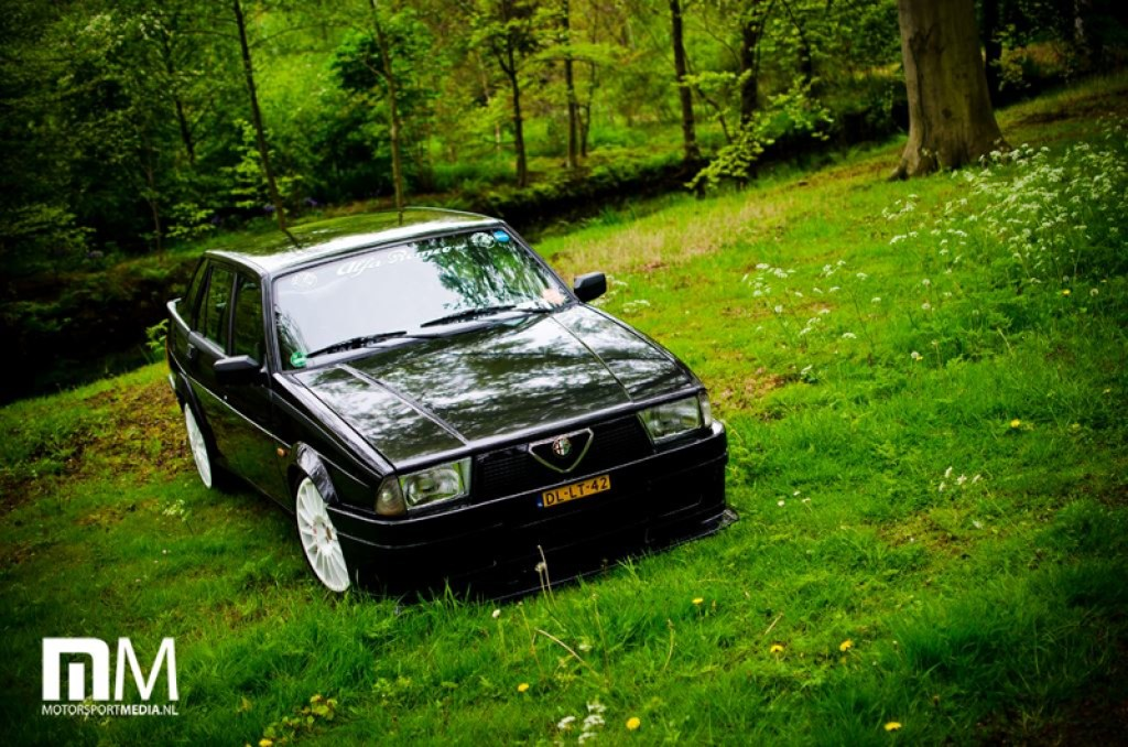 DLEDMV_Alfa_75_Turbo_Black_003