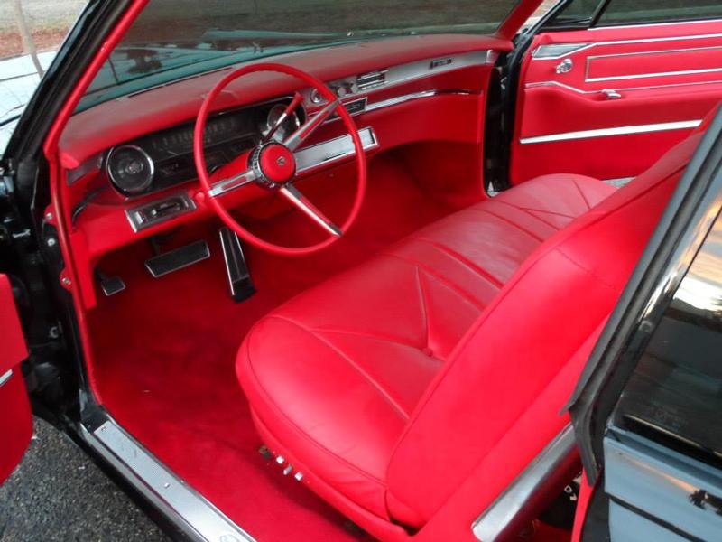 DLEDMV_Cadillac_Coupe_De_Ville_66_006