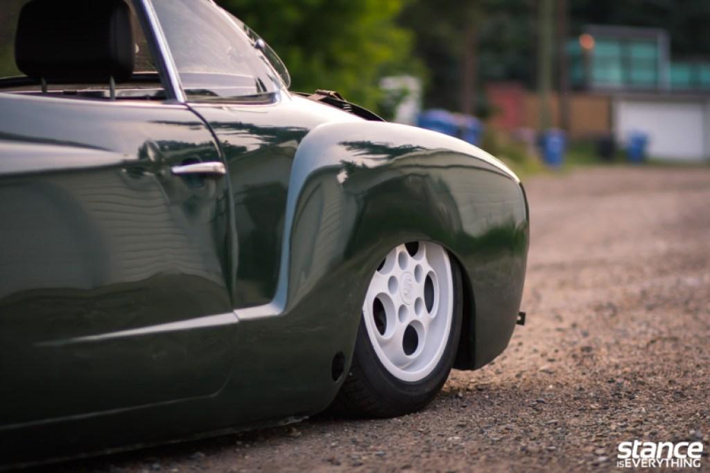 DLEDMV_VW_Karmann_Ghia_DUB_014