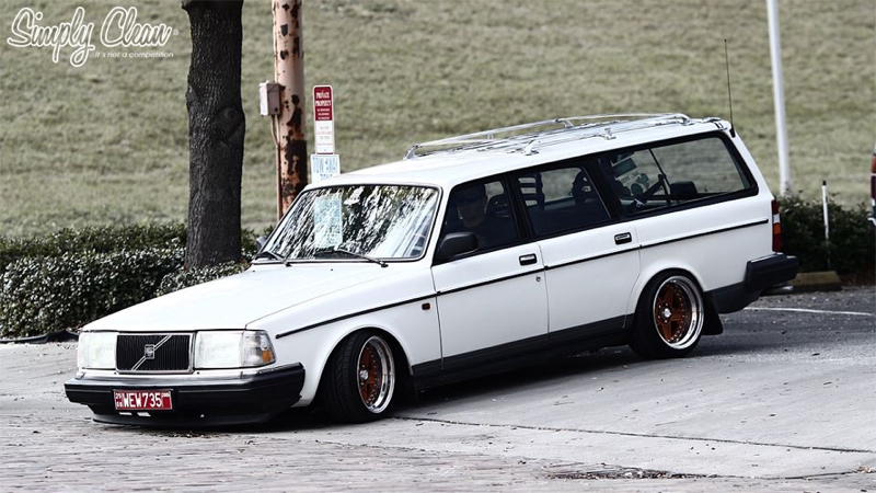 DLEDMV_Volvo_240_Estate_Stanced_0004