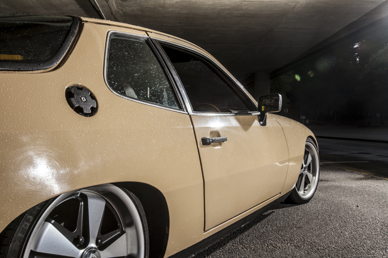DLEDMV_Porsche_924_Low&Slow_02