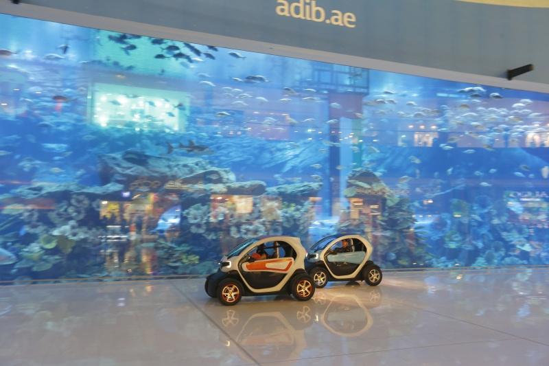 DLEDMV_Renault_Twizy_Drift_Dubai_02