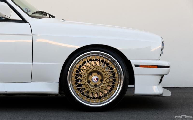 DLEDMV BMW M3 E30 EAS White Alpine05