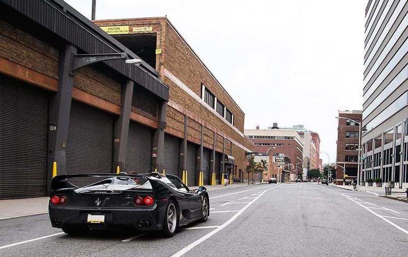DLEDMV Ferrari F50 engine sound in NYC 01