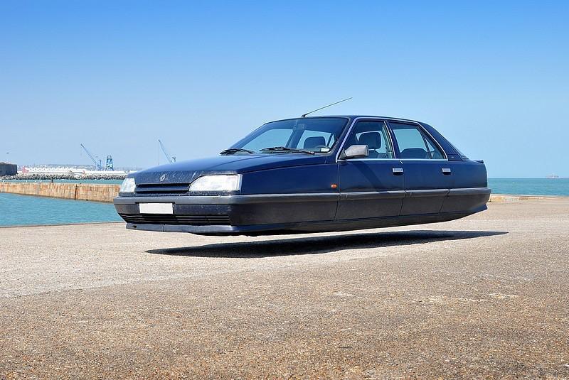 DLEDMV - flying wheelless cars 11
