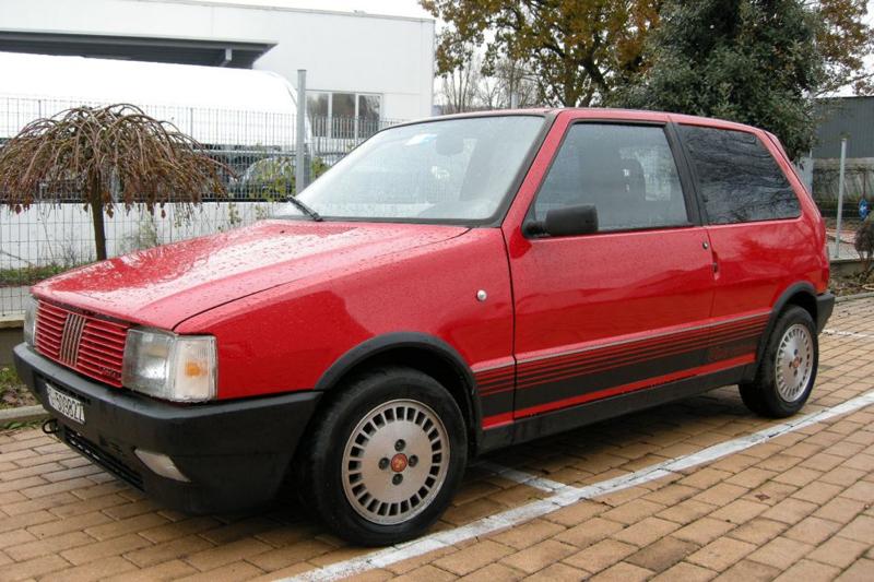 DLEDMV - Fiat Uno Turbo ie 200+ - 02