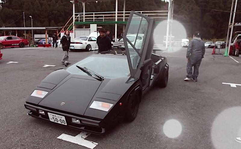 DLEDMV - Lamborghini Countach Biturbo drift - 01