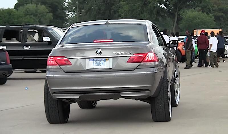 DLEDMV - BMW 750 Li Donk 30' -05