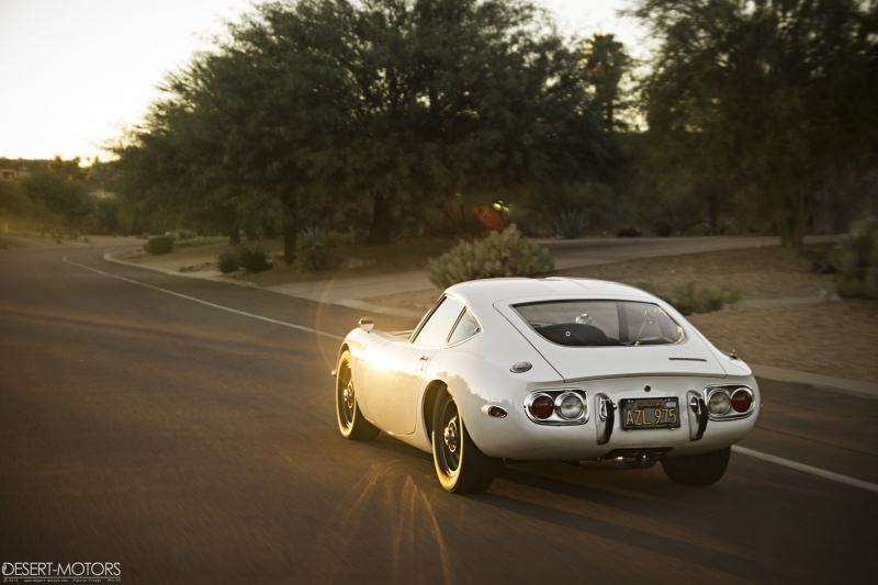 2000 GT : Presque Nissan, complètement Toyota... 3