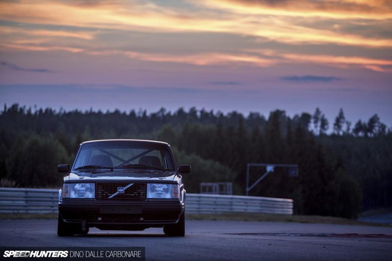 DLEDMV - Volvo 242 Swapped V10 BMW M5 - 12