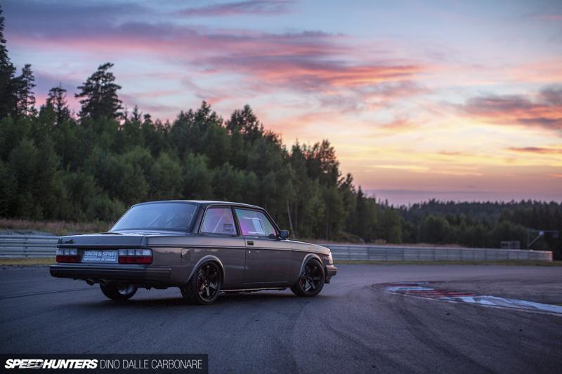 DLEDMV - Volvo 242 Swapped V10 BMW M5 - 20
